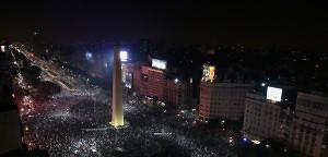 """""""Argentinien nach dem Finale – sie feiern trotzdem!"""" - Karen Naundorf"""