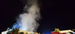 GEROgrafie - Großbrand Sindsheim: Lagerhalle brennt ab