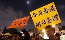 Leung will Ende der Strassenblockaden
