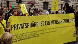 Amnesty International wird gegen Überwachung aktiv