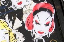 Queer Street Art: Dragqueens und Glücksbärchen | ARTE Creative