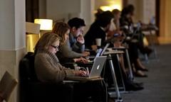 Neue Arbeit: Digital, global, prekär?