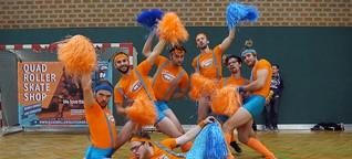 Fearleaders: Wenn vollbärtige Männer zu Cheerleadern werden
