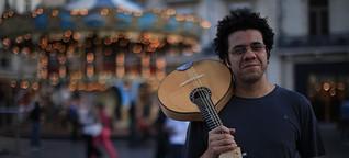 Hamilton de Holanda gehört zu den besten Musikern Brasiliens. Sein Instrument: die Mandoline. Seine Liebe: der Choro, das brasilianischste Genre der brasilianischen Musik.