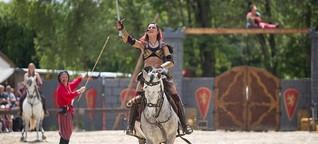 Ritterspektakel: Eine Rampensau und die Schwerter der Freiheit