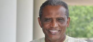 """Interview mit Abdullahi Ahmed An-Na'im: """"Wir sind mitten in einer islamischen Reformation"""" - Qantara.de"""