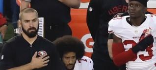 Football-Profi Colin Kaepernick - Warum er nicht aufsteht, wenn die Hymne gespielt wird