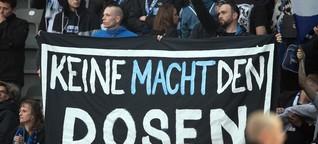 Umstrittene Banner in Fußballstadien: Die Fankurve und der Anstand