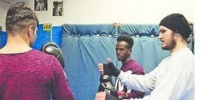 Boxtraining stärkt jugendliche Flüchtlinge