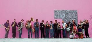 Brass Band aus München: Weiter hinausschwimmen