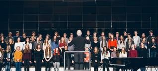 ARD-Konzert macht Schule: Ein Augsburger Schülerchor für ein Halleluja | BR-Klassik