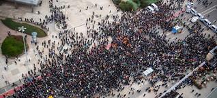 """AfD und Pegida marschieren in Chemnitz: """"Wir sind keine Nazis"""""""