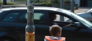 Helikopter-Erziehung: Der größte Fehler der Eltern beim Weg zur Schule - WELT