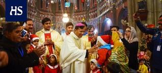 """Juomakupista syntynyt riita johti jumalanpilkkatuomioon ja mellakoihin - Nyt Pakistanin kristityt elävät pelossa: """"Emme uskalla sanoa mitään muiden edessä"""""""