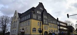 Denkmal in Cronenberg: Die frühere Hauptschule verfällt