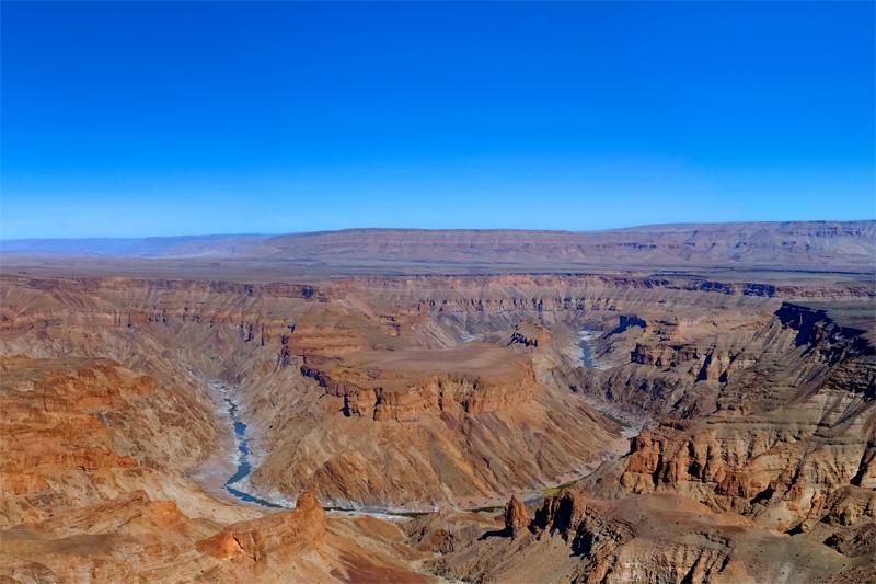 Fish River Canyon: Weitwandern in der Mondlandschaft
