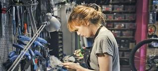 Industriemechanikerin: Als einzige Frau in der Werkstatt