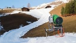 Kunstschnee und die Folgen für die Umwelt - WDR, Quarks