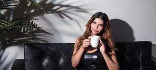 10 Fragen an eine B-Prominente, die du dich niemals trauen würdest zu stellen