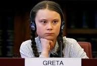 Warum feinden so viele Menschen Greta Thunberg an?