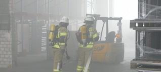 Warburger Feuerwehr und DLRG proben den Ernstfall auf Firmengelände