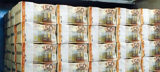 Deutsche bunkern fast eine Billion Euro auf Girokonten
