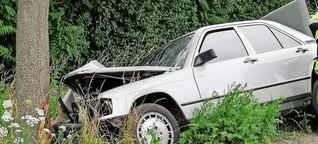 Mercedes-Fahrer prallt gegen Baum und wird schwer verletzt