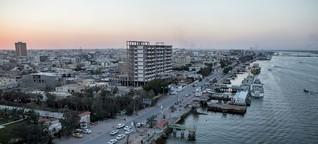 Basra: Mit dem Molotowcocktail gegen den Filz