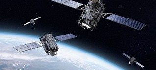 Satelliten setzen das Auto in die Spur
