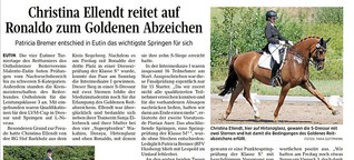 Christina Ellendt reitet in Eutin zum Goldenen Reitabzeichen