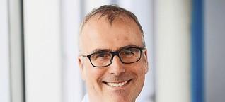 """Altersmediziner Clemens Becker: """"Nach 45 Minuten Schreibtisch wird das Ganze gefährlich"""""""