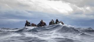 Push-backs von Geflüchteten: Abschiebung aufs Meer