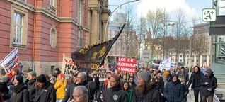 Tausende demonstrieren für Aufnahme von Geflüchteten