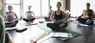 Stressabbau mit Yoga: Atemübung mit Nebenwirkungen