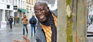Fußball-WM in Russland: Ein Senegalese fährt singend zur Fußball-WM