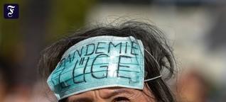 """Anti-Corona-Demo in Berlin: """"Es gibt keine Pandemie"""""""