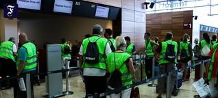 Hunderte Komparsen: Wie der neue Berliner Flughafen getestet wird
