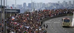 Massenproteste in Chile - Zehntausende fordern Rücktritt des Präsidenten