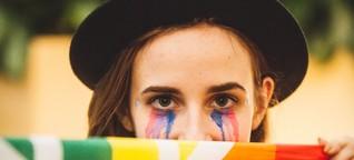 """""""Wenn ich als angehende Rabbinerin nicht über Queerness im Judentum spreche, macht es niemand"""""""