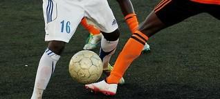 """Du sollst nicht """"jein"""" sagen: Ein Dossier zum Rassismus im Fußball"""