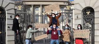 Studierendenproteste in der Pandemie: Sie wollen wieder an die Uni
