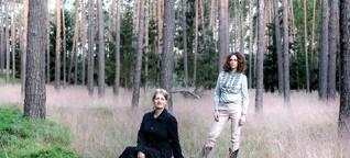 Bäume als Grab und Schneewittchensärge: Auf diese Konzepte setzen Berliner Bestatter-Start-ups