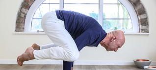 Warum dieser Bremer Yogakurse nur für Männer anbietet